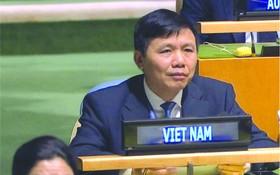 越南駐聯合國代表團團長鄭廷貴大使。