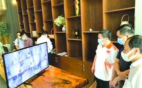 市人委會副主席楊英德率領工作團檢查本市有收費的新冠肺炎隔離酒店。