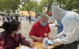 不少在本市生活和投資的外籍人士也登記接種國藥疫苗。