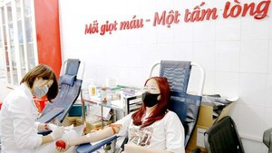 HCMC Red Cross Society hopes to collect 220,000 blood bags for saving patients (Photo: SGGP)