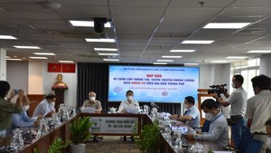 HCMC leader explains why to lend Vingroup 5,000 doses of vaccine