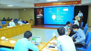 The formal launch of 'Student Chie-Tech 2021'. (Photo: VNA)