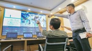 The Intelligent Operation Center was piloted in the Head Office of HCMC People's Committee in June 2020. (Photo: SGGP)