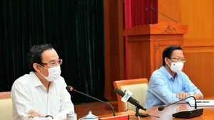 Even more proposed solutions for people, businesses: HCMC leaders