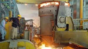 Steel production at Phu My Steel Company. (Photo: SGGP)