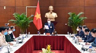Thủ tướng Nguyễn Xuân Phúc triệu tập cuộc họp khẩn về công tác phòng chống Covid-19