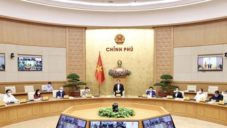 Thủ tướng Phạm Minh Chính, Trưởng Ban chỉ đạo quốc gia phòng chống dịch Covid-19 chủ trì cuộc họp về phòng chống dịch