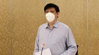 Bộ trưởng Bộ Y tế: Cả y tế công lập và tư nhân đồng hành chống dịch