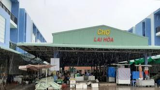 Xã Lai Hoà, thị xã Vĩnh Châu được thiết lập cách ly y tế toàn xã, với hơn 27.000 nhân khẩu. Ảnh: TUẤN QUANG
