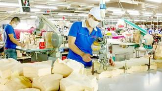 Người dân trở lại TPHCM làm việc tăng dần