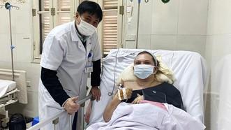 Cứu sống một phụ nữ Ukraina gãy 10 xương sườn, thủng phổi
