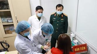 Hà Nội bắt đầu tiêm thử nghiệm giai đoạn 2 vaccine Nano Covax