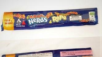 """Ăn kẹo """"lạ"""", nhiều học sinh ngộ độc, dương tính với cần sa"""