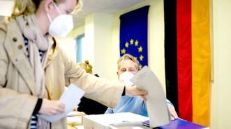 Cử tri Đức bỏ phiếu bầu quốc hội khóa mới