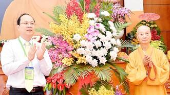 Phó Bí thư Thành ủy TPHCM Nguyễn Hồ Hải chúc mừng Hội nghị Tổng kết công tác Phật sự năm 2020 Giáo hội Phật giáo Việt Nam TPHCM.Ảnh: VIỆT DŨNG
