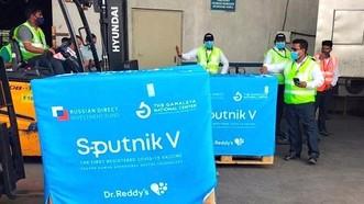 Ấn Độ chuẩn bị sản xuất vaccine Sputnik V của Nga