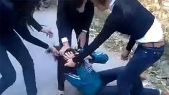 Báo động tình trạng bạo lực giới trong trường học
