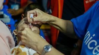 Chiến dịch vaccine ngừa bại liệt tại Philippines, tháng 10-2019. Ảnh: UNICEF