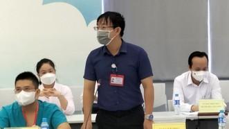 Bác sĩ Vũ Việt Hà phát biểu tại hội nghị