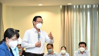 Chủ tịch UBND TPHCM Phan Văn Mãi phát biểu tại tổ. Ảnh: VIỆT DŨNG
