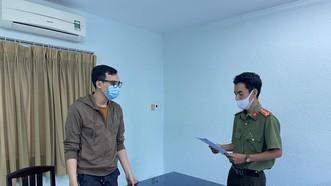 Đề nghị truy tố nam tiếp viên hàng không làm lây lan dịch Covid-19