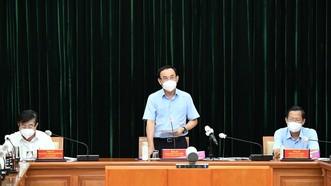 Bí thư Thành ủy TPHCM Nguyễn Văn Nên phát biểu chỉ đạo tại hội nghị. Ảnh: VIỆT DŨNG