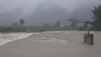 Nghệ An: Mưa lớn gây chia cắt, ngập lụt cục bộ