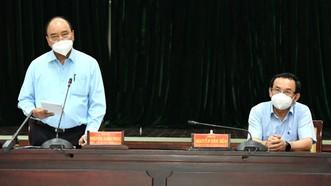 Chủ tịch nước Nguyễn Xuân Phúc phát biểu tại buổi làm việc. Ảnh: VIỆT DŨNG
