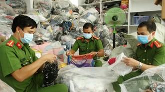 An Giang: Tạm giữ trên 14.400 sản phẩm không rõ nguồn gốc