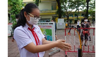 TPHCM: Kỳ thi tuyển sinh lớp 10 dù muộn vẫn nên tổ chức