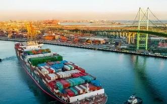 """美國港口""""貨滿為患"""" ,集裝箱擁堵創疫情以來最嚴重。(圖源:互聯網)"""