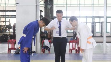 Các võ sĩ thi đấu tại Cúp các CLB Judo người khiếm thị toàn quốc năm 2021. Ảnh: NGUYỄN ANH