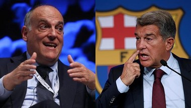 """Joan Laporta (phải) đã gọi Javier Tebas là kẻ """"bệnh hoạn""""."""