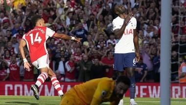 """Thủ môn Hugo Lloris thừa nhận đội bóng của anh đã bị """"vùi dập"""". Ảnh: Getty Images"""