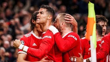 Cristiano Ronaldo kêu gọi sự hy sinh vì đội bóng nhiều hơn từ các đồng đội. Ảnh: Getty Images