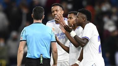 Real Madrid đã bất lực khoan thủng mành lưới Osasuna ngay trên sân nhà.
