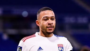 Memphis Depay vẫn chơi rất hay trong màu áo Lyon
