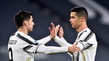 Alvaro Morata và Ronaldo ăn mừng thắng lợi
