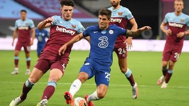 Chelsea phải thắng trên sân West Ham mới hy vọng vào top 4