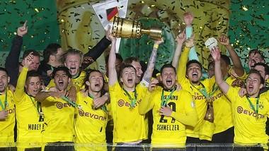 Dortmund đăng quang Cúp nước Đức