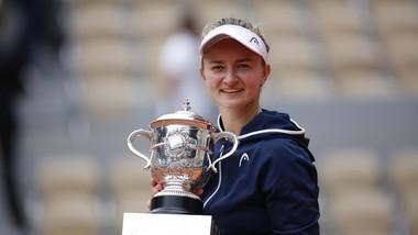 Krejcikova vinh danh làng quần vợt CH Czech