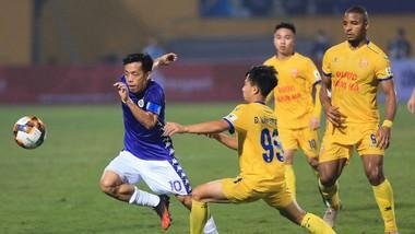 """Văn Quyết vẫn đang là """"ngòi nổ"""" của Hà Nội FC"""