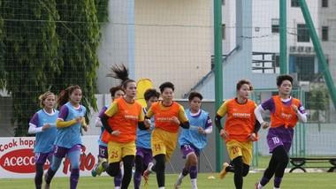 Đội tuyển nữ Việt Nam chỉ tập luyện tại Hà Nội, không đi Quảng Ninh như kế hoạch