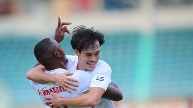 HA.GL đang dẫn đầu LS V-League 2021 với mạch 11 trận bất bại liên tiếp. Ảnh: MINH TRẦN