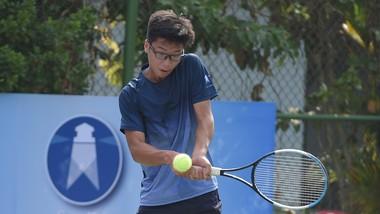 Tay vợt Nguyễn Hiếu Minh.