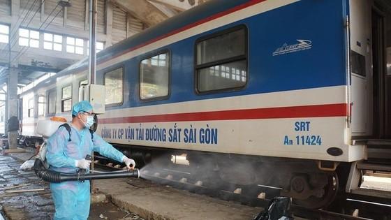 Chuyến tàu đầu tiên đưa 700 công dân Hà Tĩnh từ các tỉnh phía Nam về quê