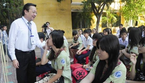 TPHCM:  Sáng nay 77.726 thí sinh lớp 9 bước vào kỳ thi lớp 10