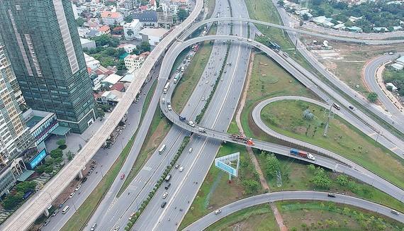 Roads in Thu Duc City (Photo: SGGP)