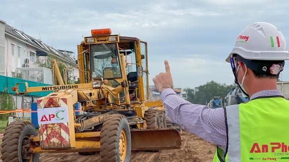 Khởi công công trình nhà ở trên địa bàn phường Phú Hữu. Ảnh: HOÀNG HÙNG