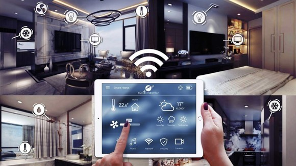 Với máy tính bảng, gia chủ dễ dàng quan sát, điều khiển các thiết bị nhà thông minh